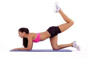 Elevaciones de pierna posterior