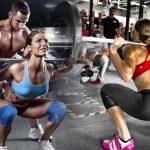 apoyo de un compañero para los ejercicios